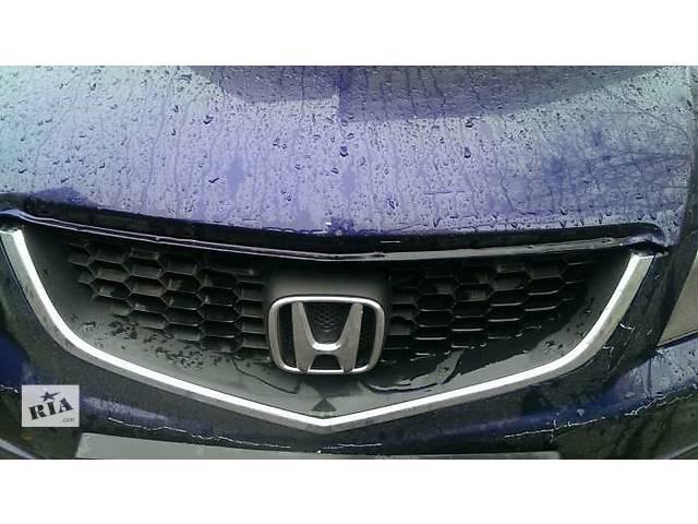 продам Б/у решётка радиатора для седана Honda Accord бу в Киеве