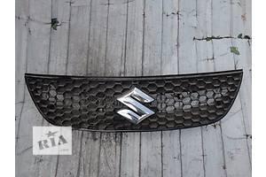 б/у Решётки радиатора Suzuki SX4 Sedan