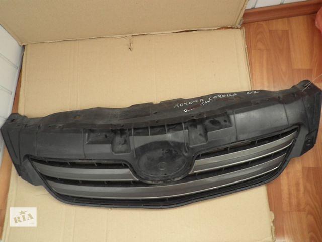 купить бу Б/у решётка радиатора для седана Toyota Corolla в Киеве