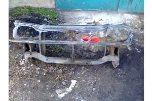 б/у Решётки радиатора Toyota Corolla