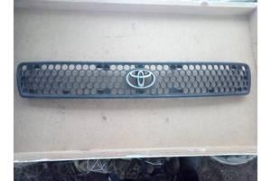 б/у Решётки радиатора Toyota Rav 4