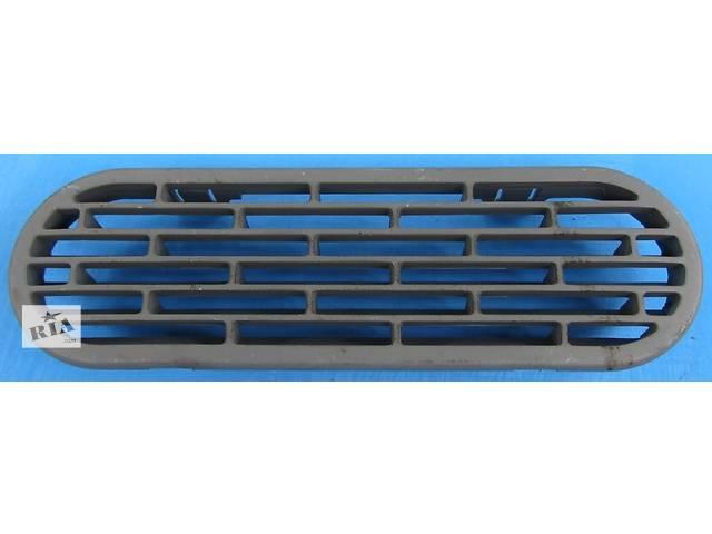 Б/у решётка радиатора Mercedes Sprinter 906, 903 (215, 313, 315, 415, 218, 318, 418, 518) 1996-2012- объявление о продаже  в Ровно