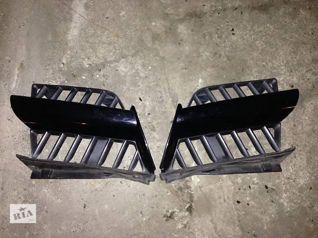 купить бу Б/у решётка радиатора Mitsubishi Outlander в Киеве