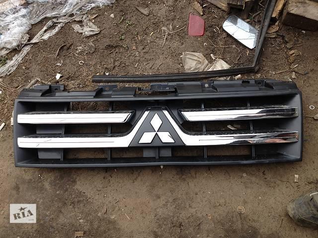 Б/у решётка радиатора  Mitsubishi Pajero Wagon- объявление о продаже  в Киеве