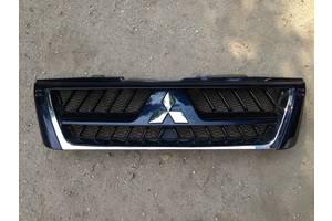 б/у Решётки радиатора Mitsubishi Pajero Wagon