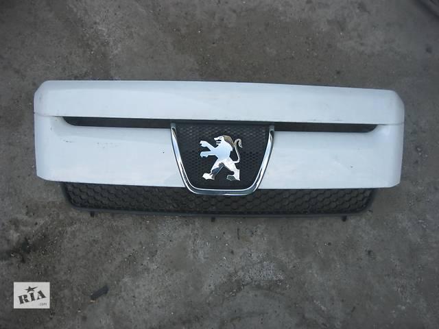 купить бу Б/у решётка радиатора Peugeot Boxer 2006- в Ровно