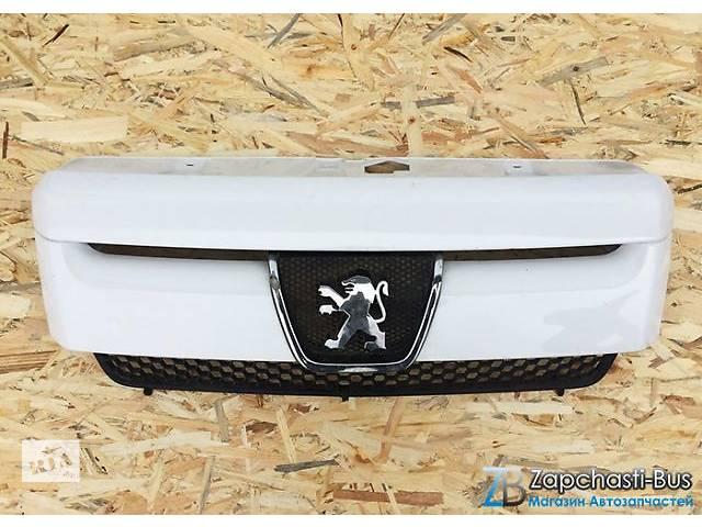 продам Б/у решётка радиатора Peugeot Expert Пежо Эксперт 2004-2006 бу в Ковеле