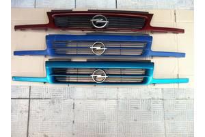 б/у Решётка радиатора Opel Astra F