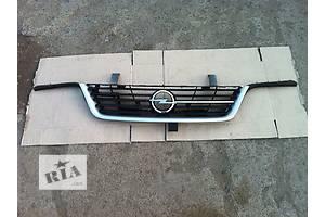 б/у Решётки радиатора Opel Sintra