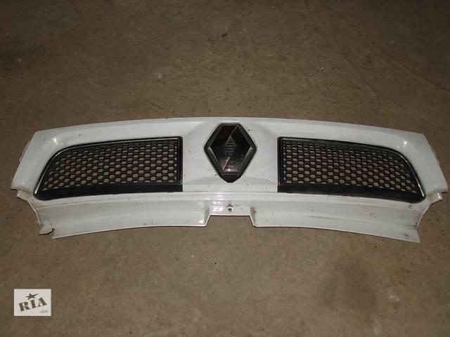 купить бу Б/у решітка радіатора для  Renault Trafic, Vivaro, Primastar в Залещиках