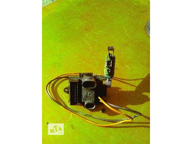 купить бу Б/у резистор печки для легкового авто Renault Trafic в Ковеле