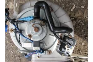 б/у Резистор печки Mazda Xedos 6