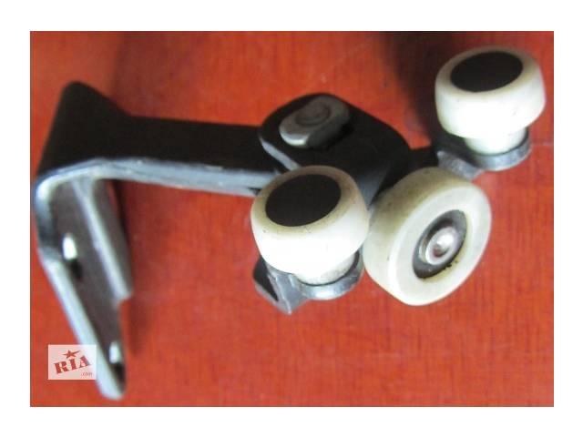 продам Б/у ролики боковой двери Мерседес Спринтер 906 (215, 313, 315, 415, 218, 318, 418, 518) 2006-12р бу в Ровно
