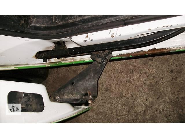 купить бу Б/у Ролики боковой двери Renault Kangoo Кенго 1,5 DCI К9К 2008-2012 в Рожище