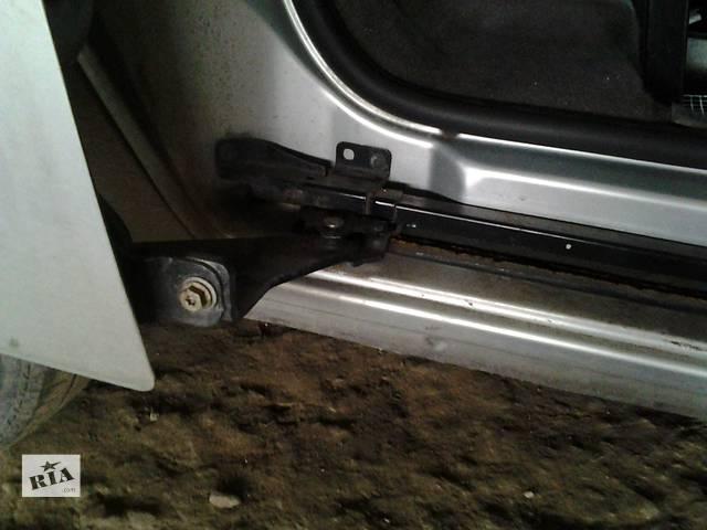 купить бу Б/у Ролики боковой двери Renault Kangoo Кенго 1,5 DCI К9К B802, N764 2008-2012 в Луцке