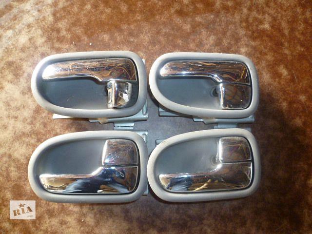 продам Б/у ручка двери для легкового авто Mazda 626 1996 бу в Черновцах