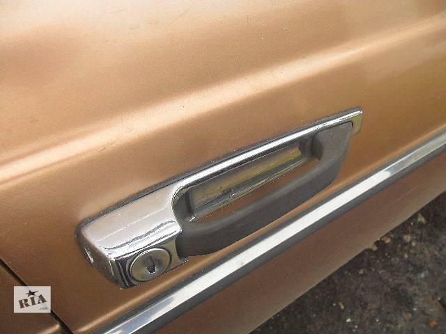 купить бу Б/у ручка двери для легкового авто Mercedes 123 в Дубно (Ровенской обл.)