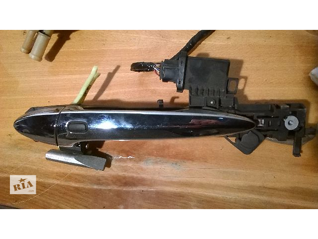 Б/у ручка двери задняя левая 69220-33060, 69204-33040,и датчик ключа 89991-33010 для седана Lexus ES- объявление о продаже  в Николаеве