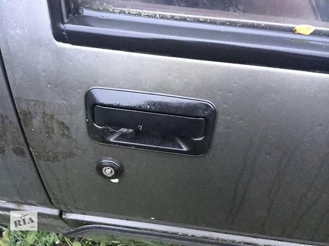 продам Б/у ручка двери наружная для хэтчбека Mitsubishi Colt Hatchback (3d) 1986г бу в Киеве