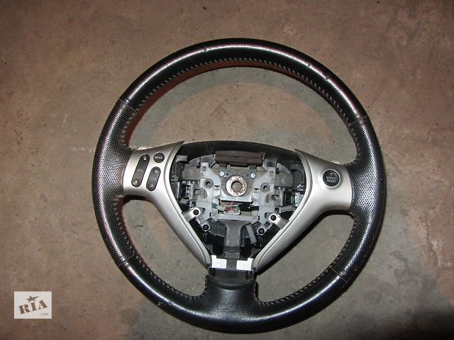 продам Б/у руль для легкового авто Honda Jazz 2005 бу в Киеве