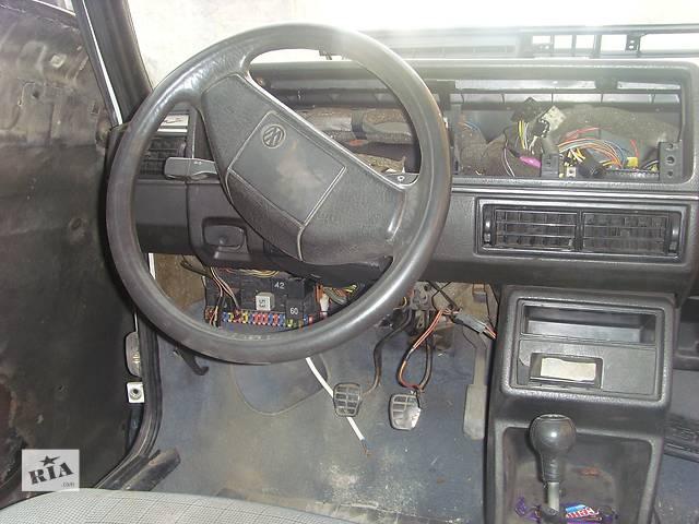 продам Б/у руль для легкового авто Volkswagen Golf II бу в Борщеве (Тернопольской обл.)