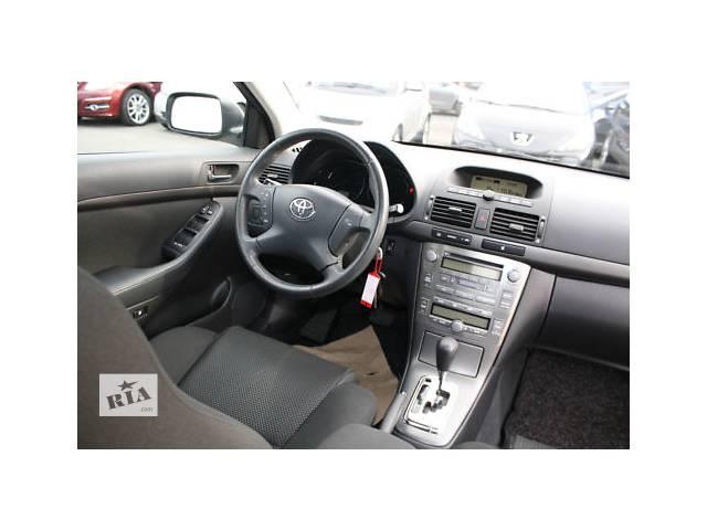 бу Б/у руль для седана Toyota Avensis в Киеве