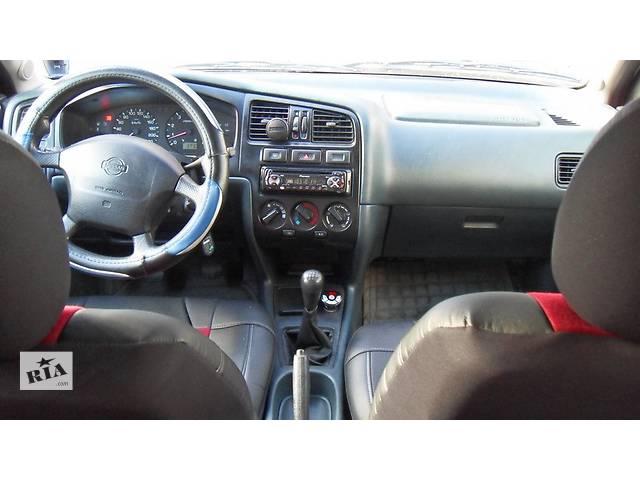 бу Б/у салон для хэтчбека Nissan Primera P11 в Коломые