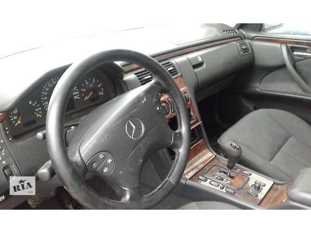 продам Б/у салон для легкового авто Mercedes E-Class 210 бу в Костополе