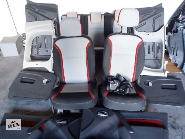 продам Б/у салон для легкового авто Renault Kangoo бу в Калуше