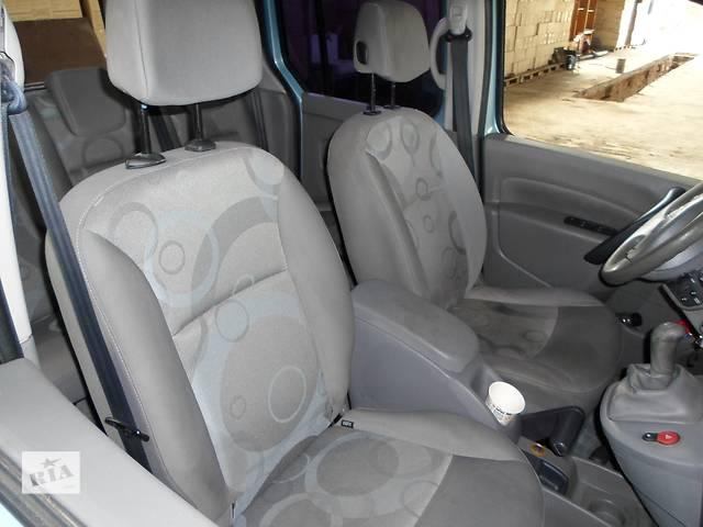 купить бу Б/у Салон, карты дверей Renault Kangoo Кенго 1,5 DCI К9К B802, N764 2008-2012 в Луцке