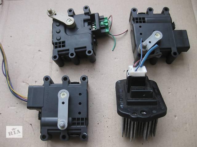 продам Б/у шаговый двигатель печки привод заслонки Mazda 6 бу в Львове