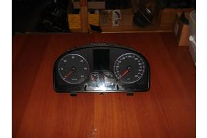 б/у Внутрішні компоненти кузова Volkswagen Touran
