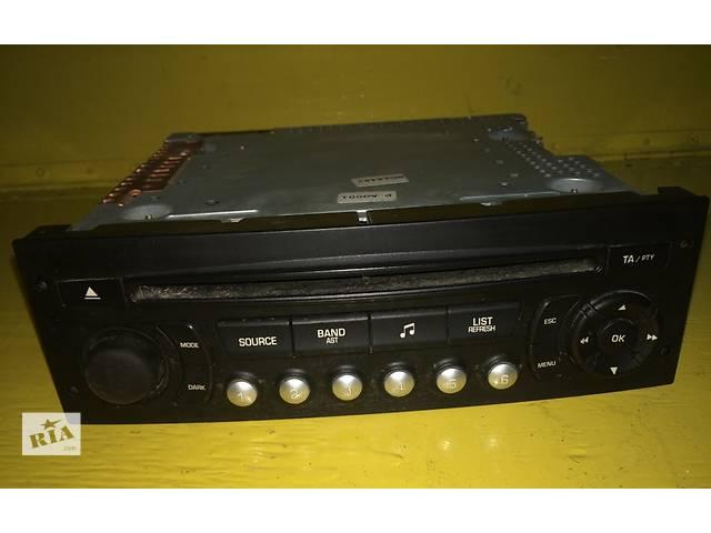 бу Б/у Штатная автомагнитола CD для минивена Citroen Jumpy (3) с 2007г.Скудо Эксперт Джампи  в Ровно
