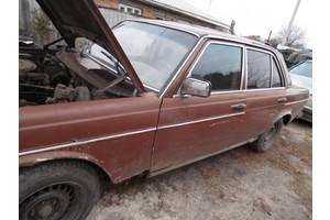 б/у Шумовки капота Mercedes 123