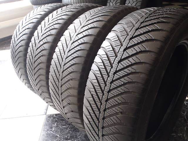 бу Б/у шины 205/60/R16 GoodYear Vector 4 Seasons 205/60/16 в Кременчуге