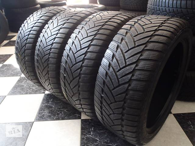 купить бу Б/у шины 4шт 245/45/R18 Dunlop Sp Winter Sport M3 Ran on Flat  245/45/18 в Кременчуге