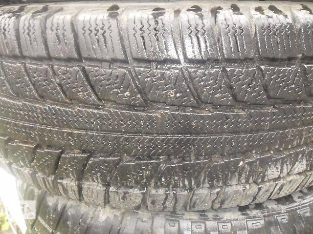продам Б/у шины для легкового авто Mercedes 123 бу в Дубно (Ровенской обл.)