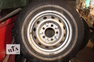 Б/у шины для легкового авто ВАЗ 2121