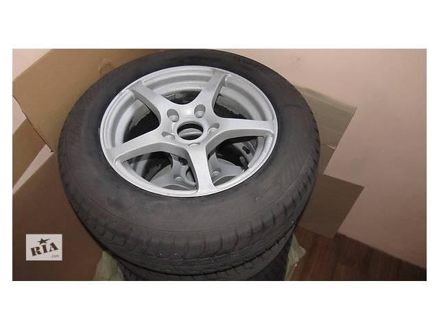 продам Б/у шины GISIAVED EVRO FROST 5 R15 и алюминиевые диски зима бу в Киеве