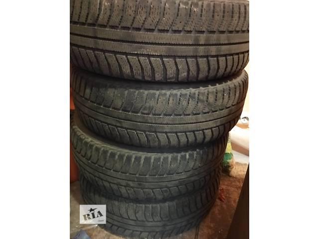 купить бу Б/у шины с дисками для легкового авто Skoda в Киеве
