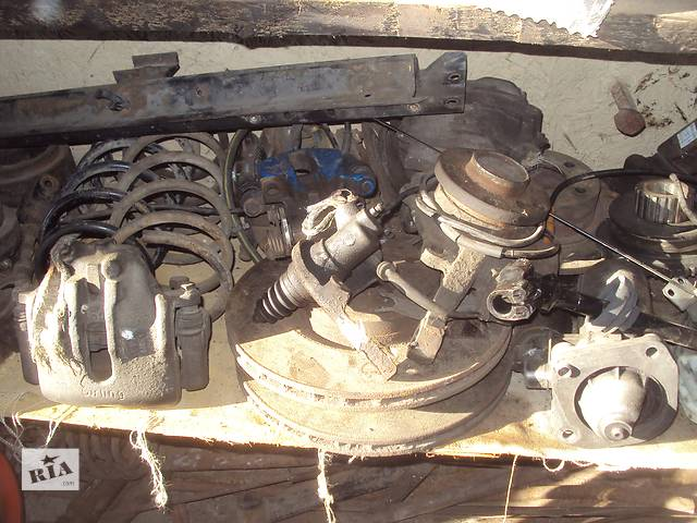 купить бу Б/у стартер/бендикс/щетки для легкового авто Alfa Romeo 164 в Горишних Плавнях (Комсомольск)