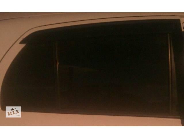купить бу Б/у стекло двери 68120-0D070, 68110-0D070, 68140-0D070,68130-0D070 для хэтчбека Toyota Yaris 2007г в Киеве