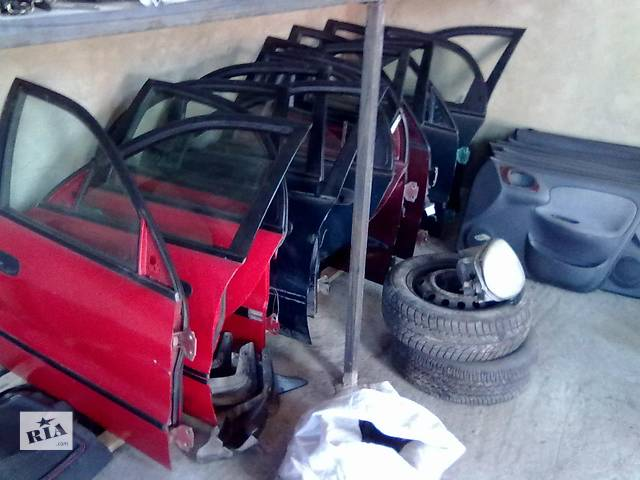 продам Б/у стекло двери для легкового авто Daewoo Lanos бу в Яворове (Львовской обл.)