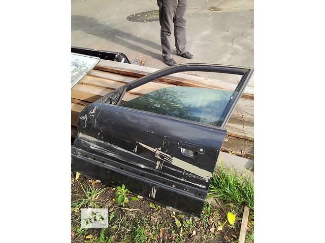 продам Б/у стекло двери для универсала Audi 100 бу в Ровно