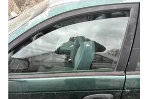 б/у Стекла двери Toyota Avensis