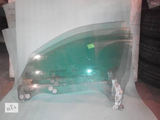 купить бу Б/у стекло двери переднее левое для седана Subaru Legacy в Днепре (Днепропетровске)