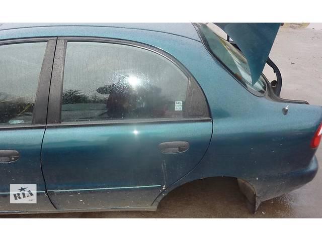 продам Б/у стекло двери передней и задней для седана Daewoo Lanos 2001г бу в Николаеве