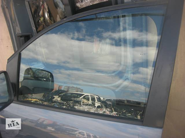 купить бу Б/у стекло двери Volkswagen Caddy в Ровно