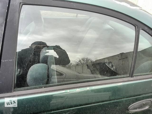 бу Б/у стекло двери заднее левое 68104-05040  для седана Toyota Avensis 1999г в Киеве