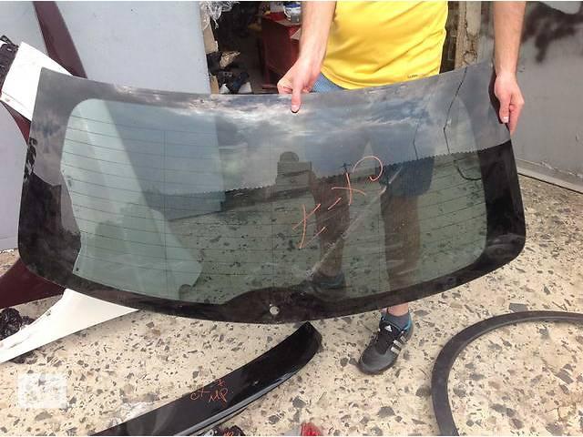 продам Б/у стекло крышки багажника для легкового авто Mazda CX-7 бу в Ровно